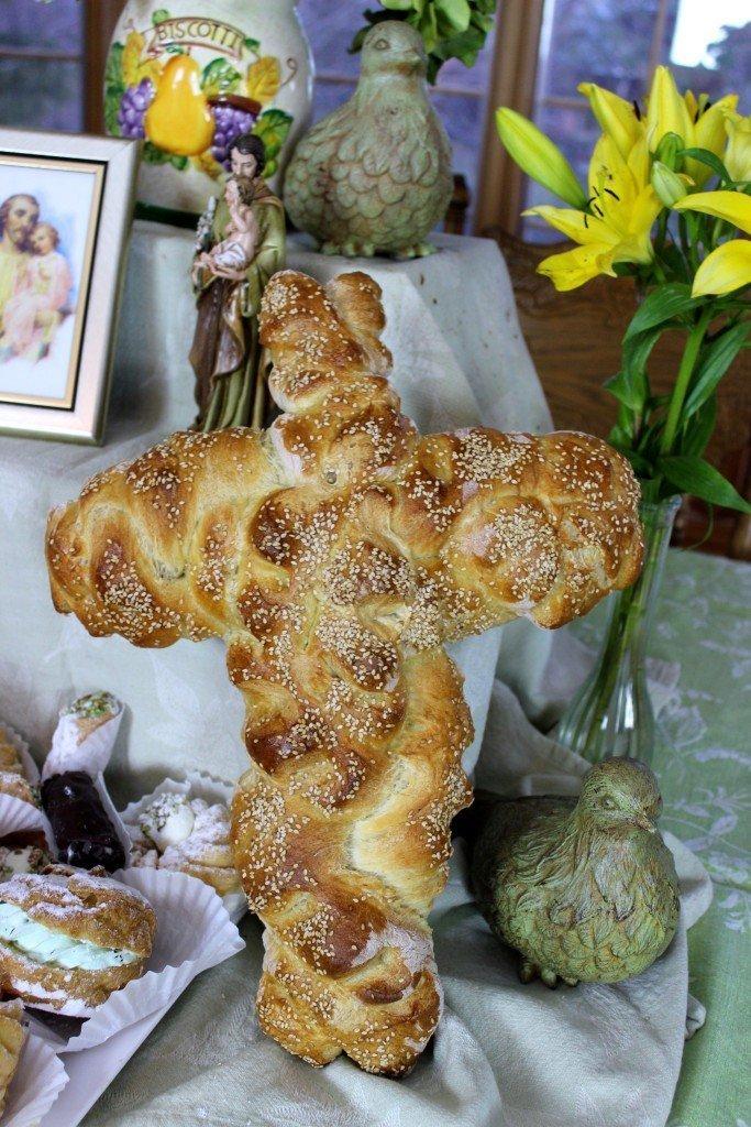 Braided Cross Bread