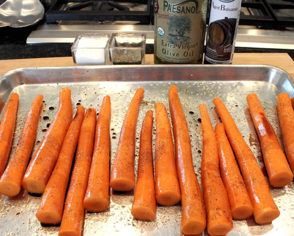 Roasted carrots in pan