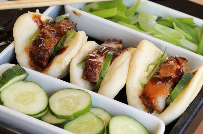 Crispy Pork Belly with Chinese Steamed Buns