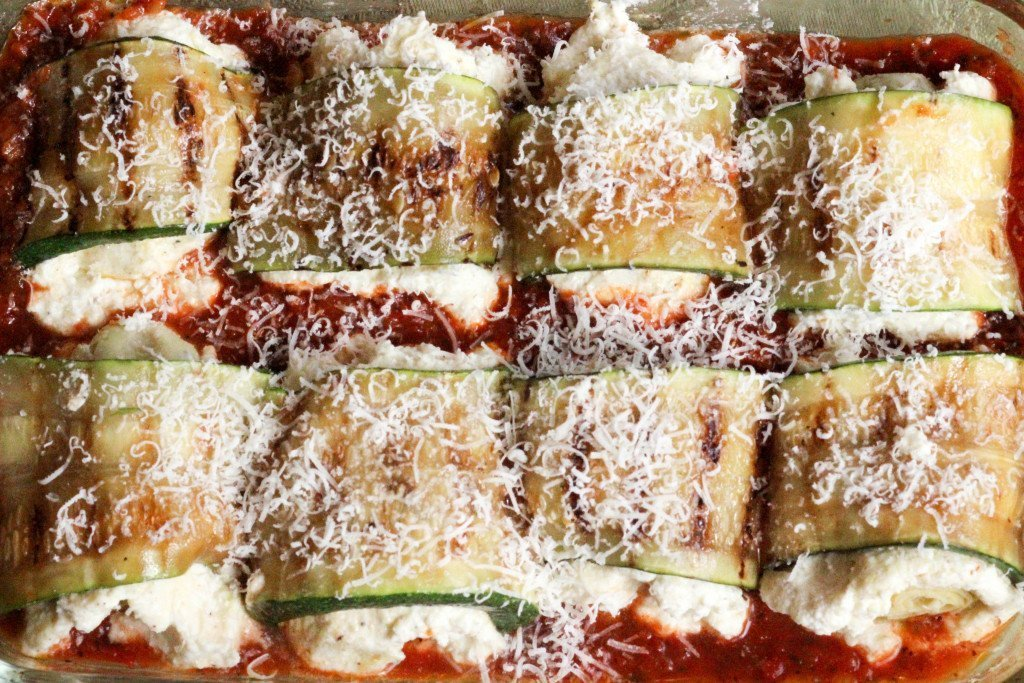 Rollup in pan with Marinara sauce