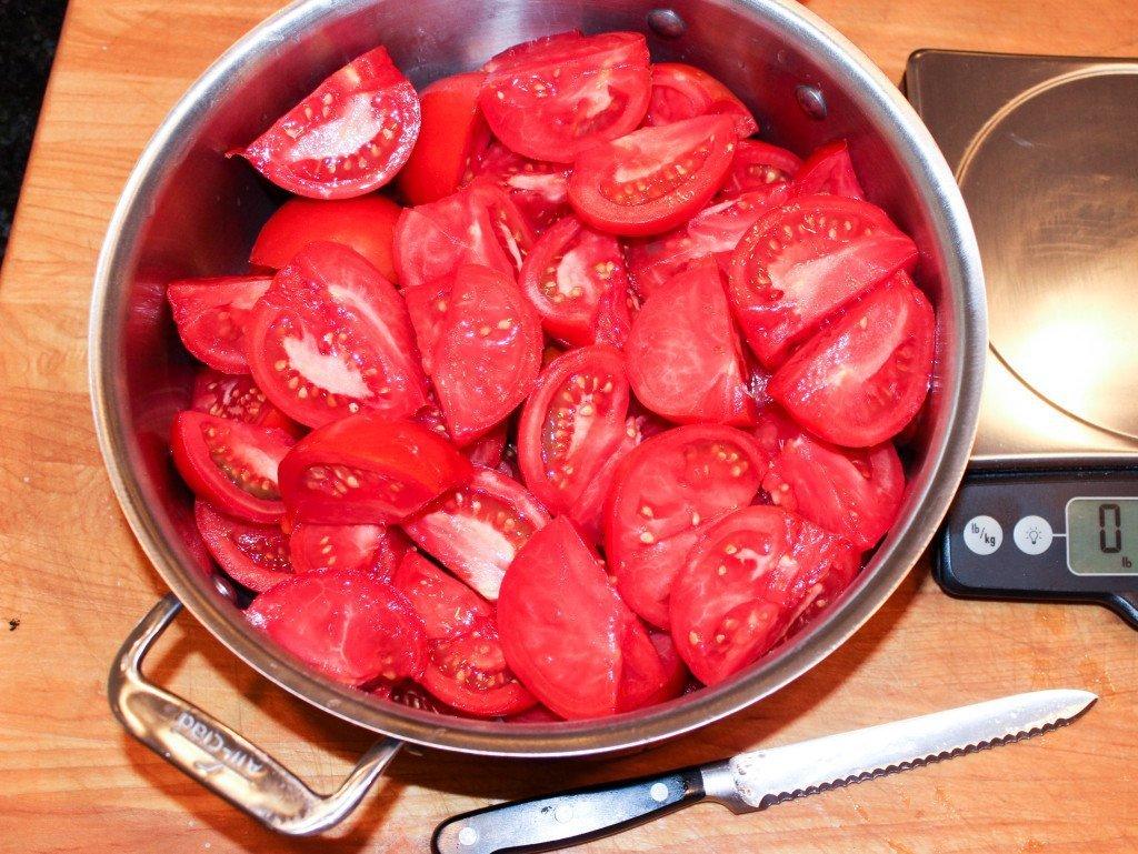 tomatoes quarters