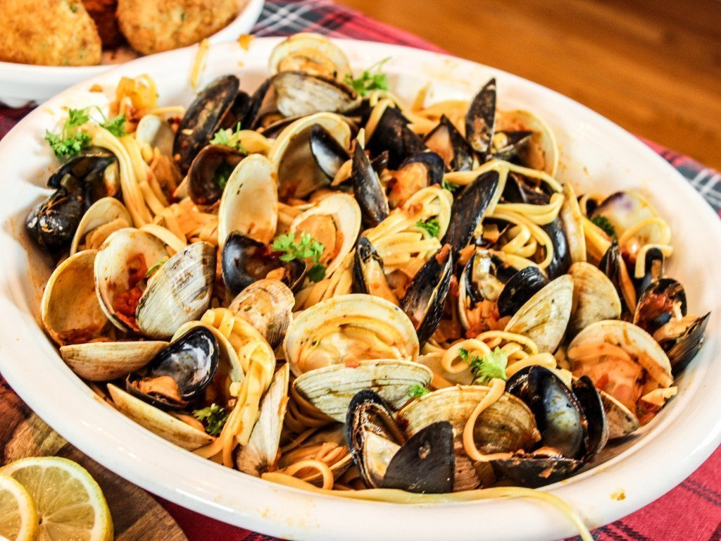 PLatter of Linguini with Clams Mussels in Red Sauce