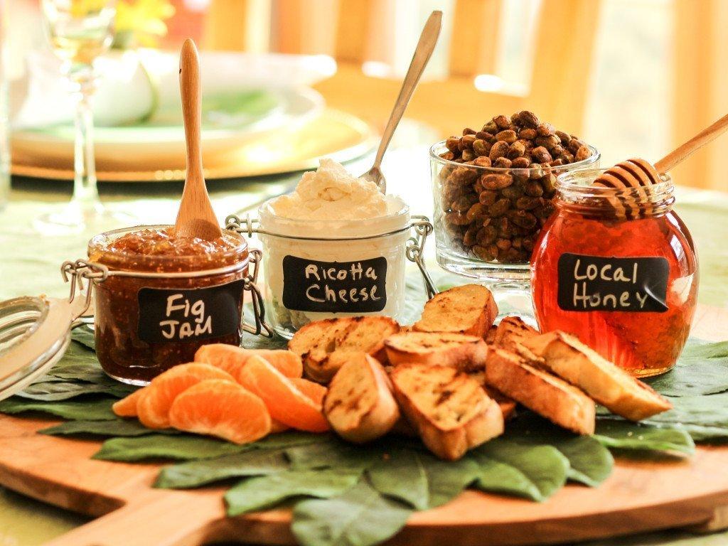 Ricotta Honey Cheese Crostini Board