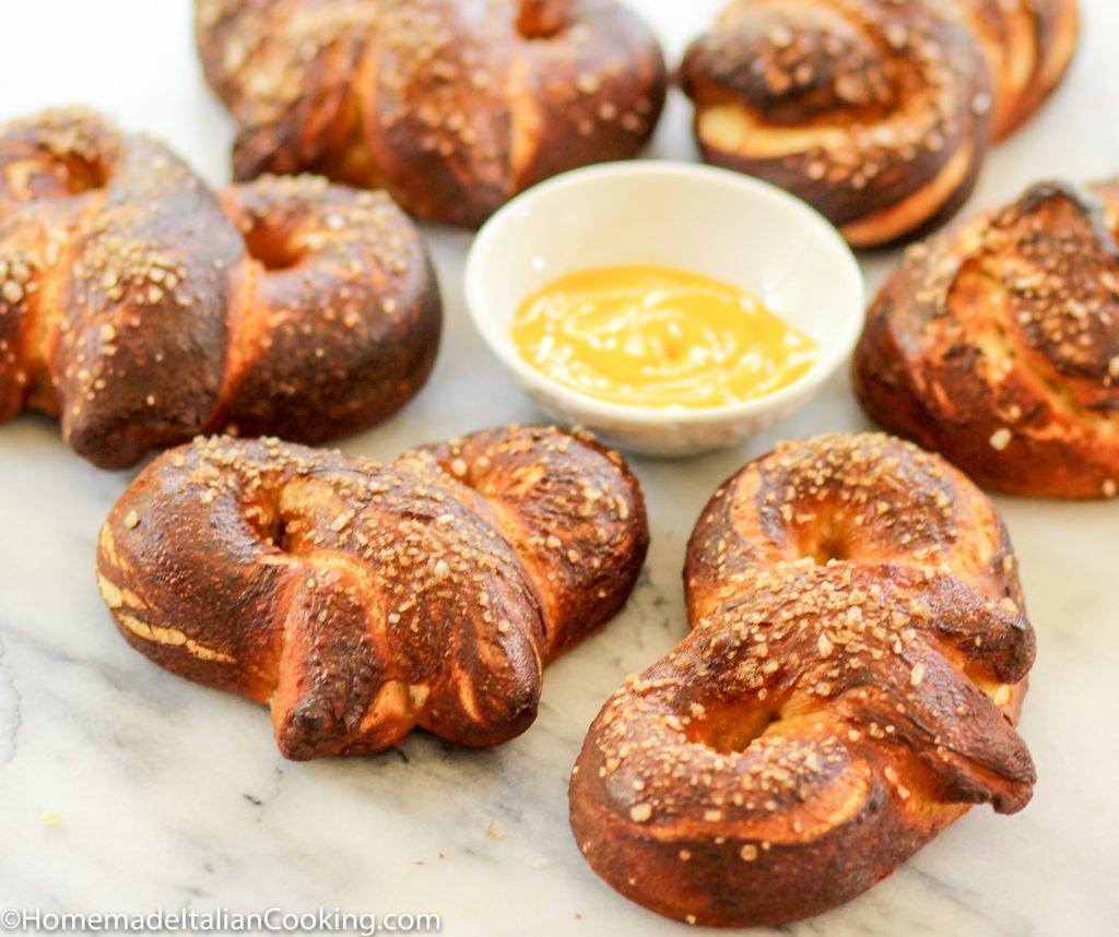 german pretzels with mustard