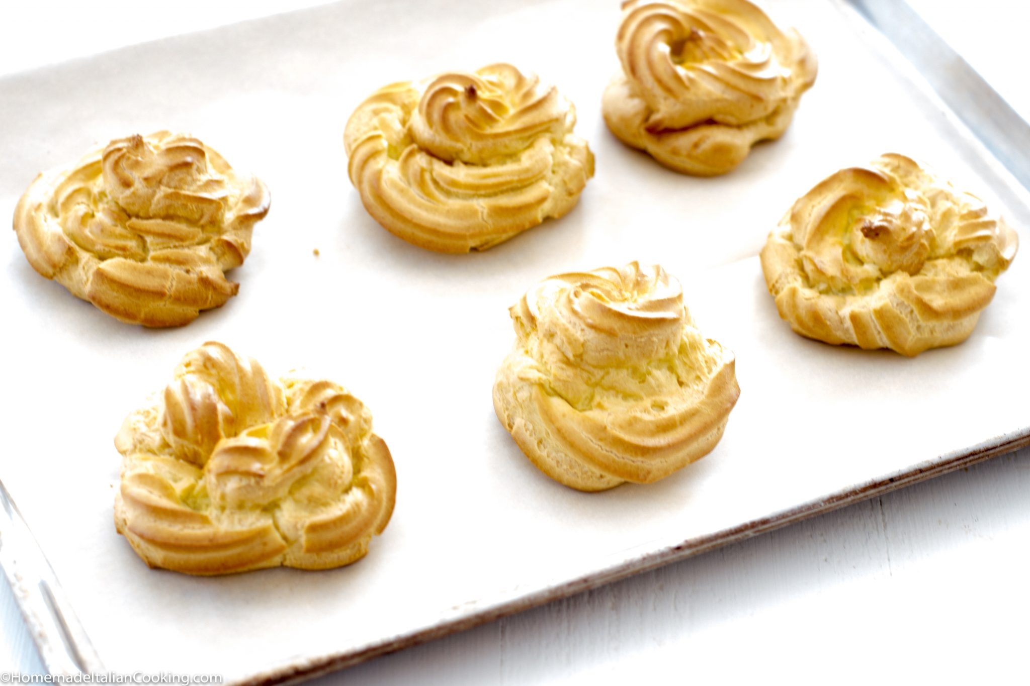 Pipe The Vanilla Custard Filling Into The Center Of The Zeppole Or Cut Them In Half And Pipe Between The Layers One Tip To Simplify The Recipe Is To Use A
