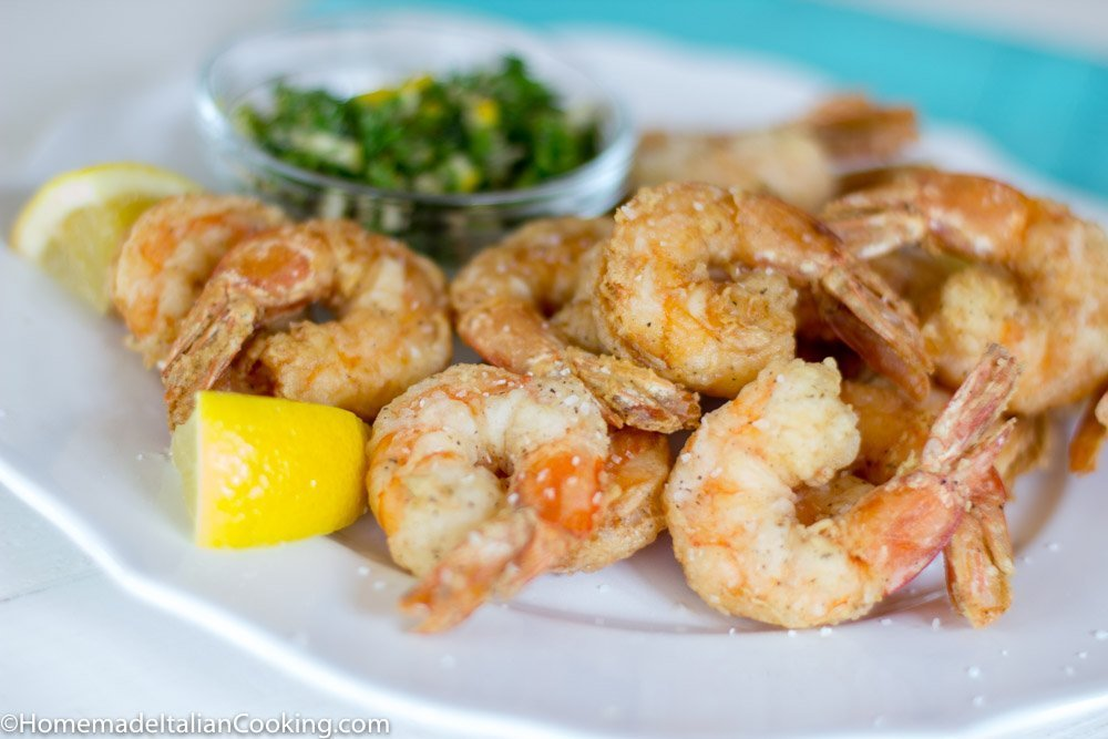 Close up Fried Shrimp on plate