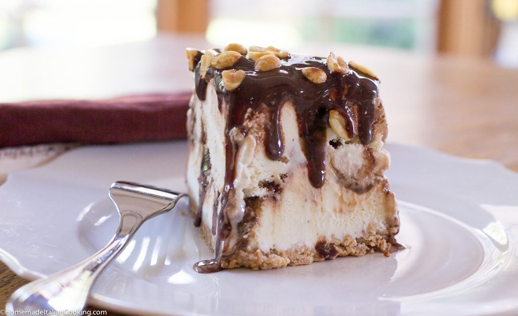 Ice Cream Cake with Chocoalte Fudge and Peanuts