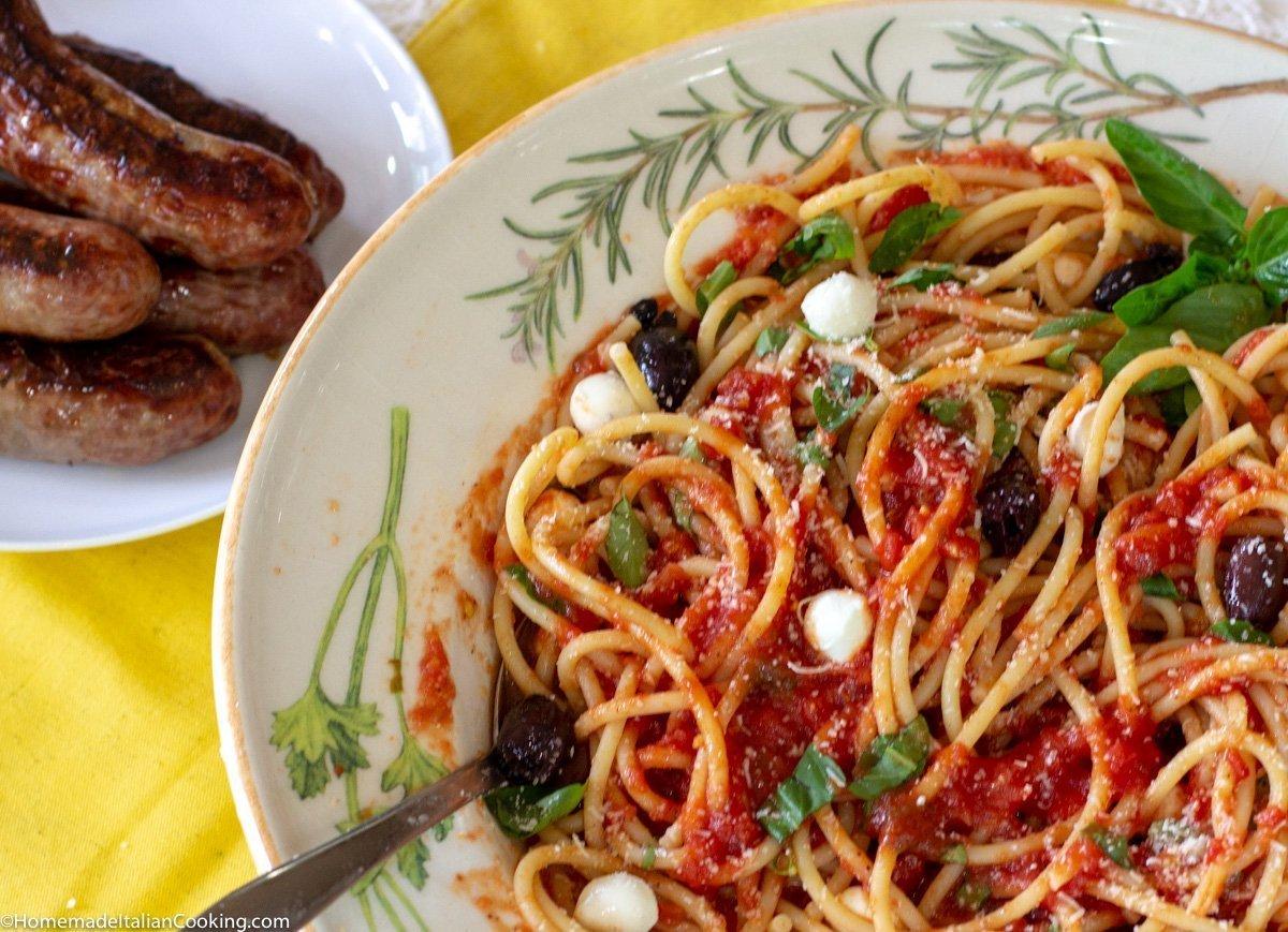 no-cook tomato pasta sauce