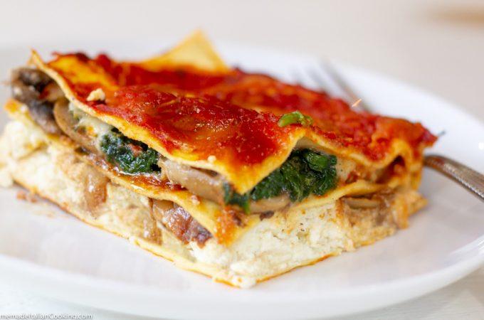 Caramelized Onion Mushroom Spinach Lasagna